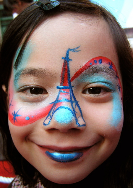 face-paint-tour-eiffel-france